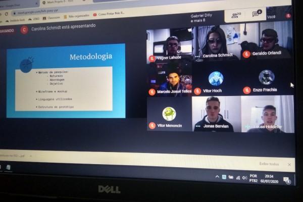 Alunos do Técnico em Informática do Instituto Ivoti apresentam os projetos de pesquisa de forma online